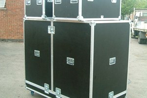 clam shell & 2 hand flight cases.jpg